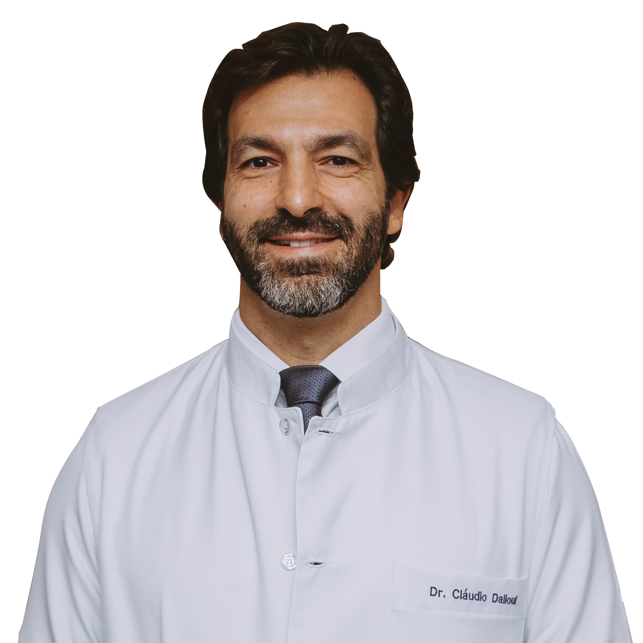 Dr. Cláudio Dalloul - D'Olhos Hospital Dia