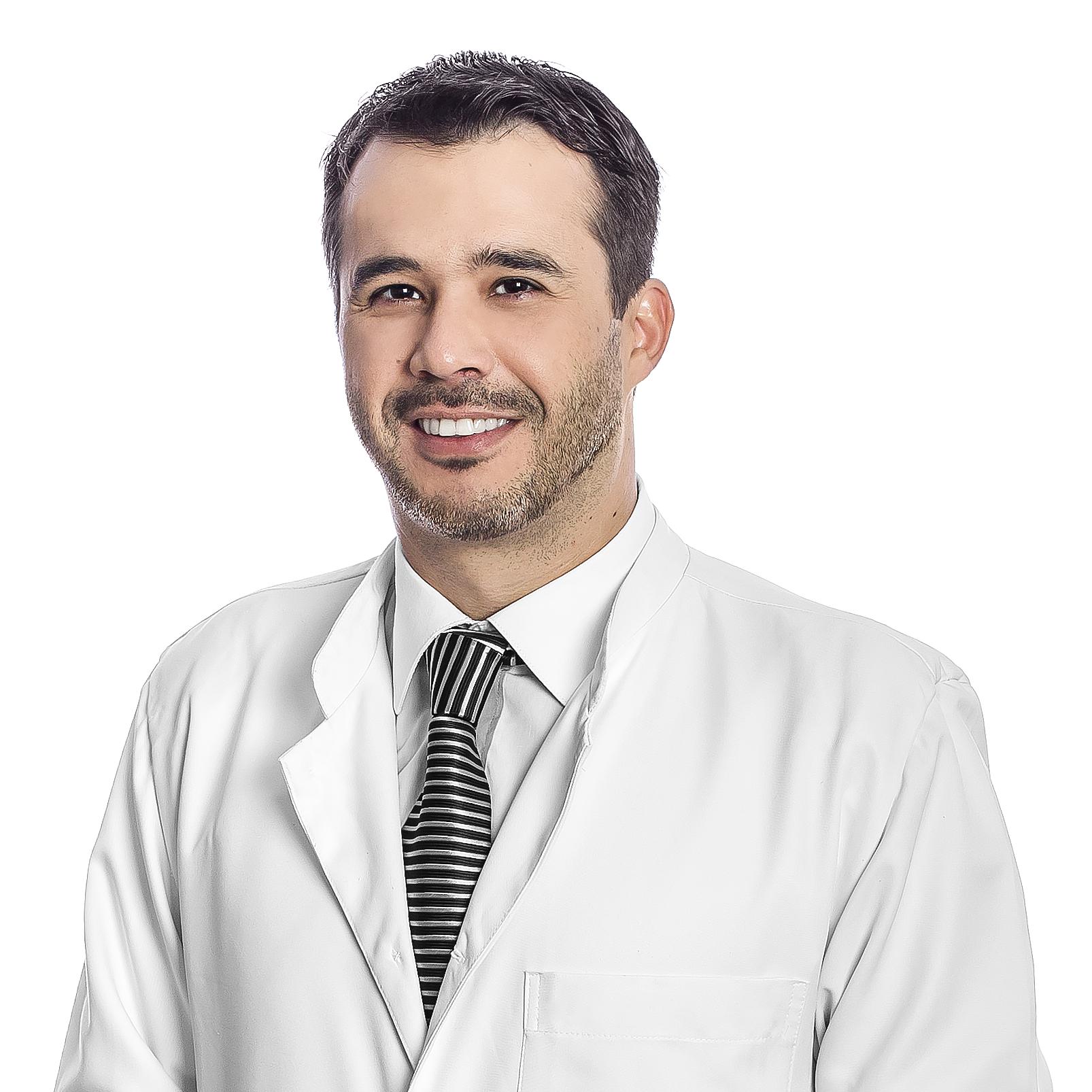 Dr. Kássey Vasconcelos - D'Olhos Hospital Dia