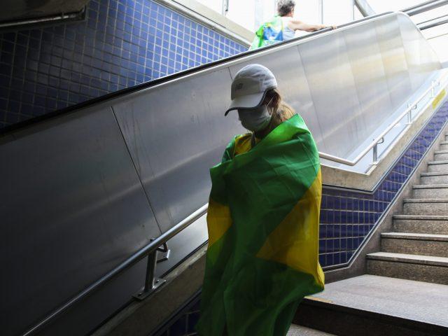 Brasil registra primeira morte pelo novo coronavírus em SP - D'Olhos Hospital Dia